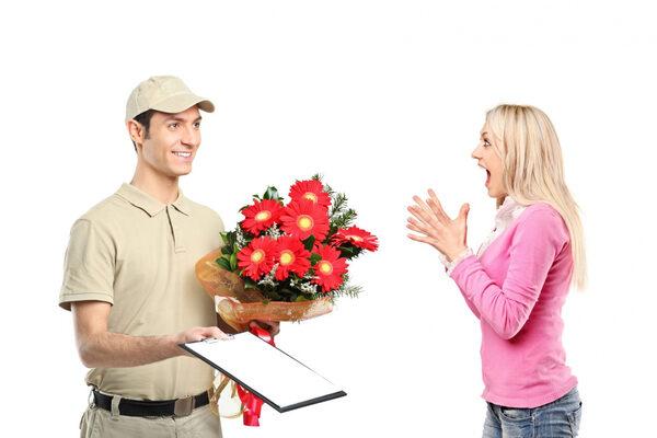 Услуга доставка букета подарка