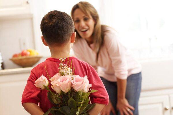 Цветы подарить новый год папе и маме